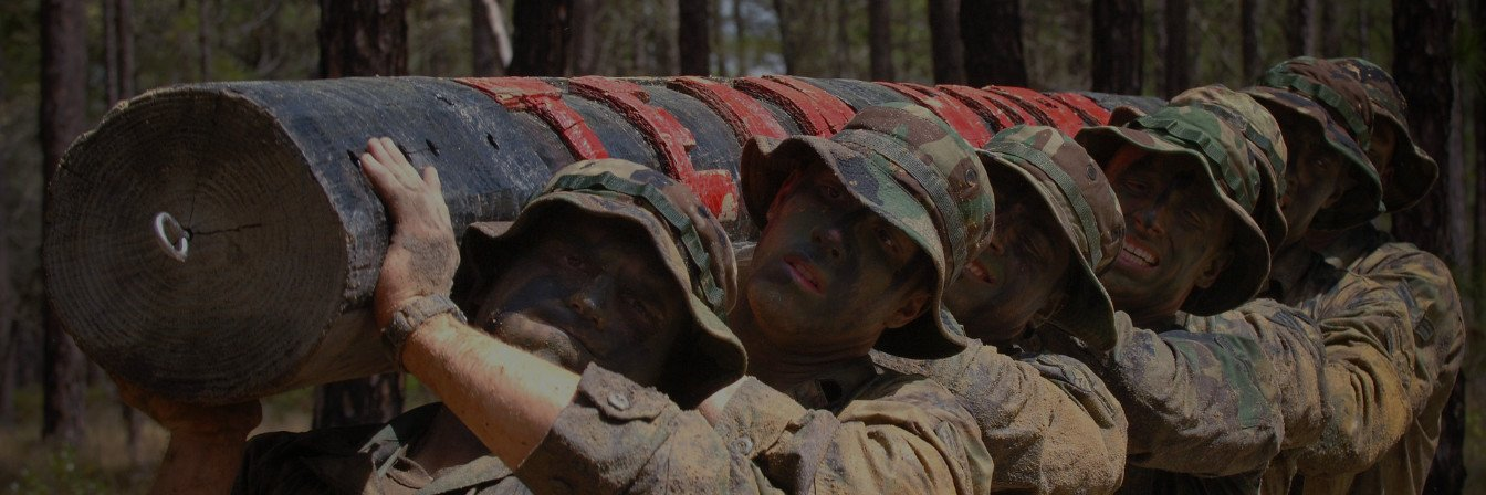 teamwork soldiers carrying log